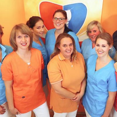 MitarbeiterInnen-Team Zahnarztpraxis Dr. Erler